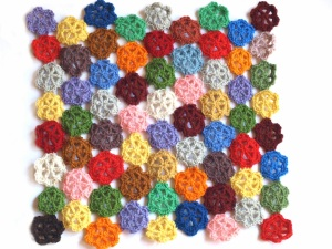 db00b-crochetcushion2pb056694